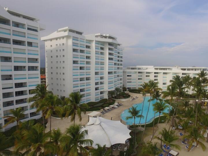 Apartamento en la Playa Marbella, Juan dolió