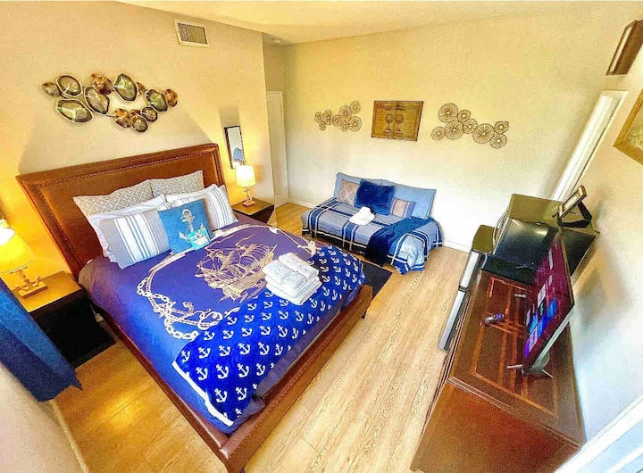Beach Nautical Paradise Suite In A Mansion
