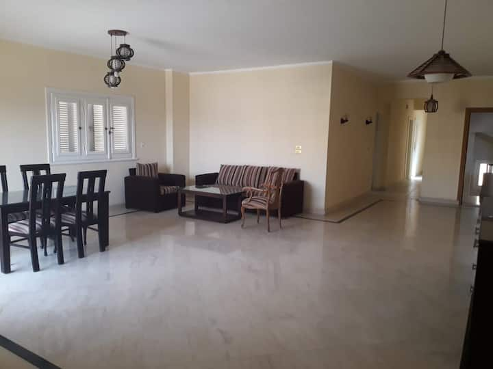 Apartment for rent at New Cairo near to AUC
