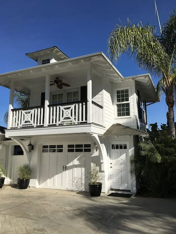 Charming Coastal Studio Loft