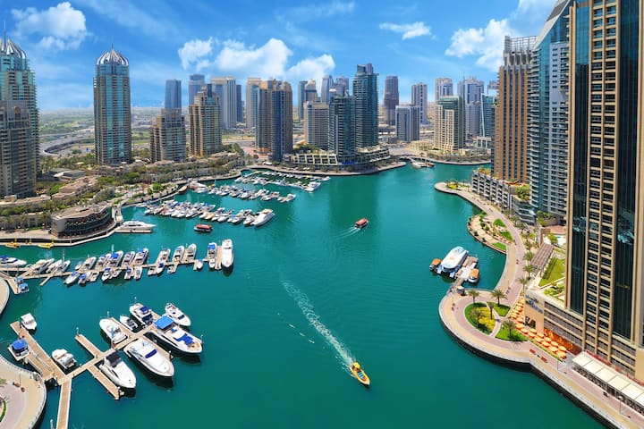 Cayan Tower  Luxury MarinaLiving Extraordinary 2BR