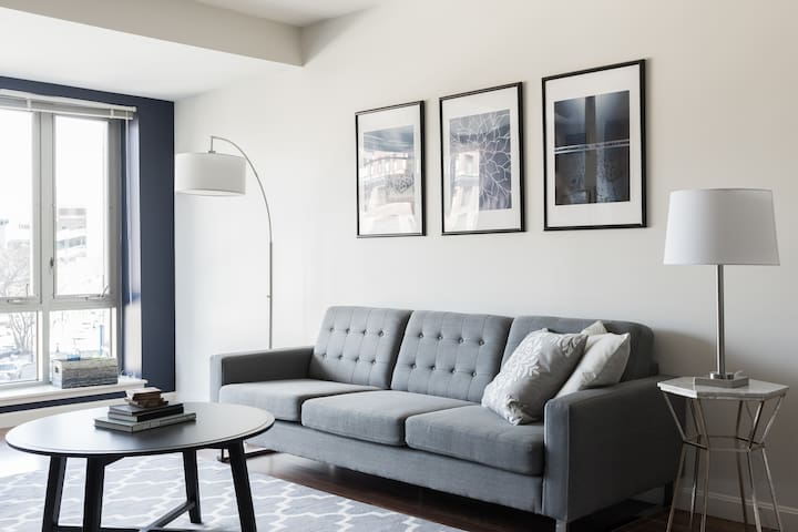 Airy 1BR in Fenway by Sonder