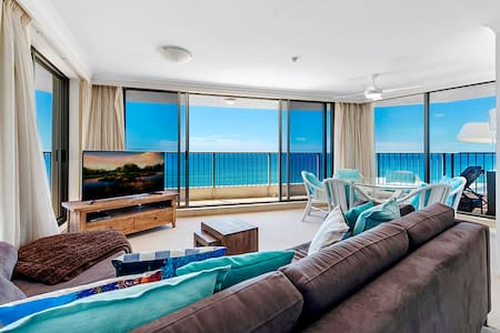 Beachside Tower - right on the beach!
