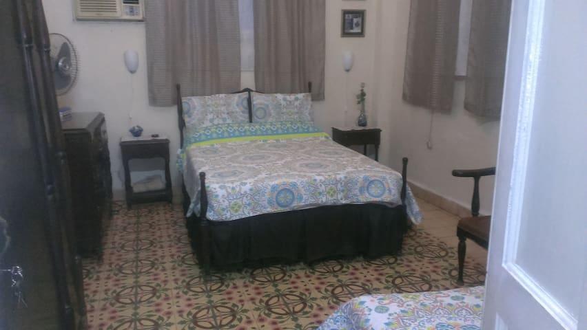 Rent House Rosa BUEN RETIRO (2 rooms)
