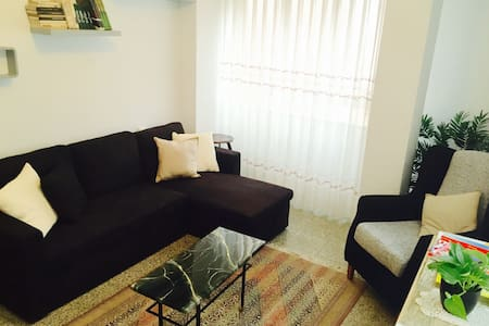 Quaint 2BR Spanish flat in Sagunto - Sagunt - Apartment