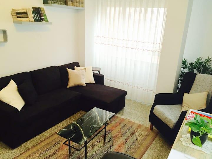 Quaint 2BR Spanish flat in Sagunto