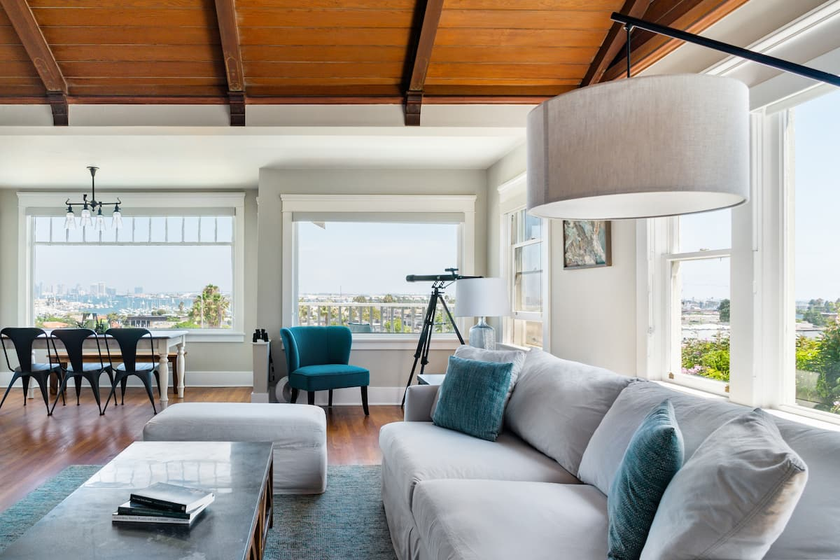 Amazing Views, Pool, 1920s Craftsman in Point Loma