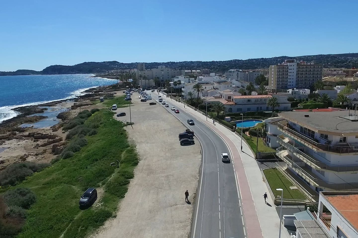 El Cisne Javea - Avenida del Mediterraneo - Newly refurbished first line apartment with direct sea views from balcony and 4 minute walk to Arenal