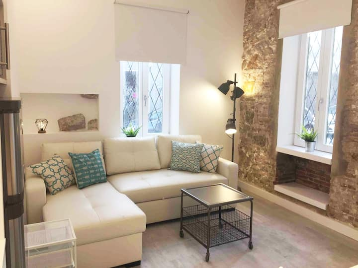 NEW! Renovated apartment on the beach Barceloneta!