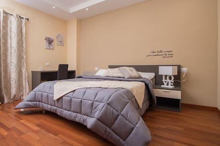 Splendido B&B in Villa - Ariccia - Bed & Breakfast