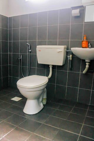 2nd bathrooms