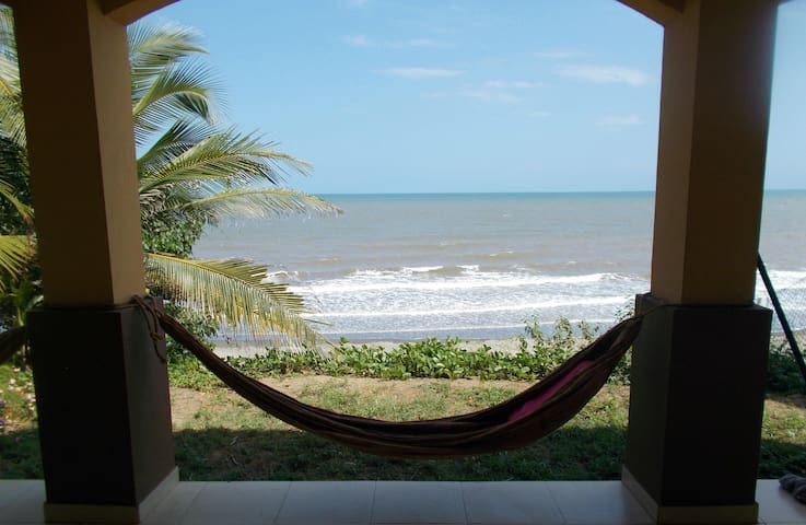 Beachfront Home- Playa El Estero