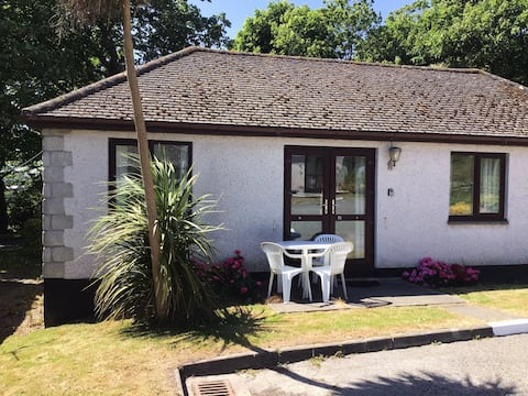 Homely bungalow 15 minutes from St Ives