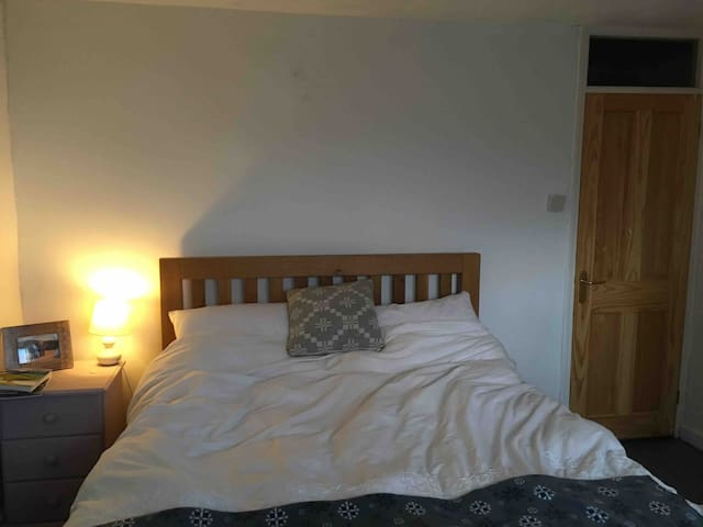 Double room in Central st Davids