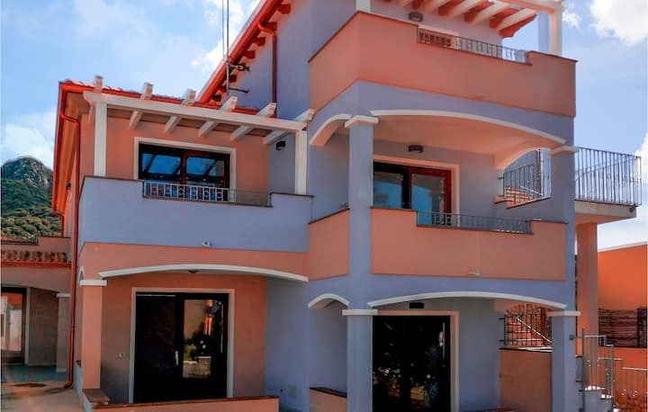 Holiday apartment with 1 bedroom on 40m² in Muntiggioni