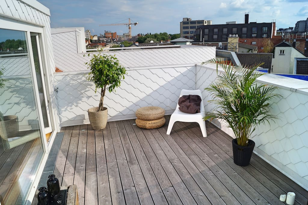 roof deck east view