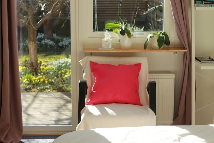 Cosy relaxing garden room by sea CPH airport Malmö