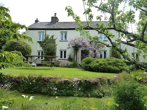 Cobblestones Cottage