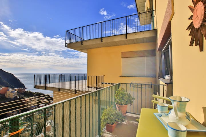 5 Terre D'Amare: big apartment with sea view - Riomaggiore