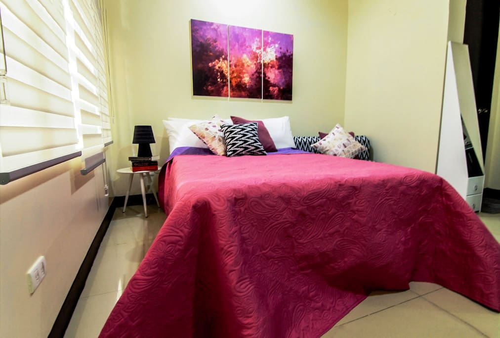 Our Pink suite packs a light punch & sets the mood for #vacationers #barkadatime