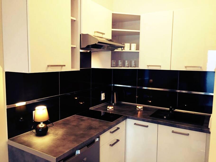 Nagelneue Küche/ Nowiutka kuchnia