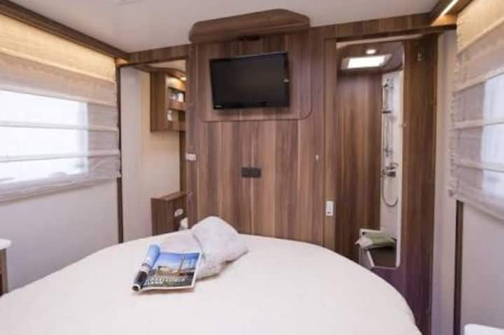 Luxury Holiday Home on Wheels