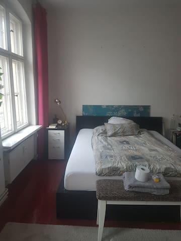Lovely Bedroom in the heart of Kreuzberg