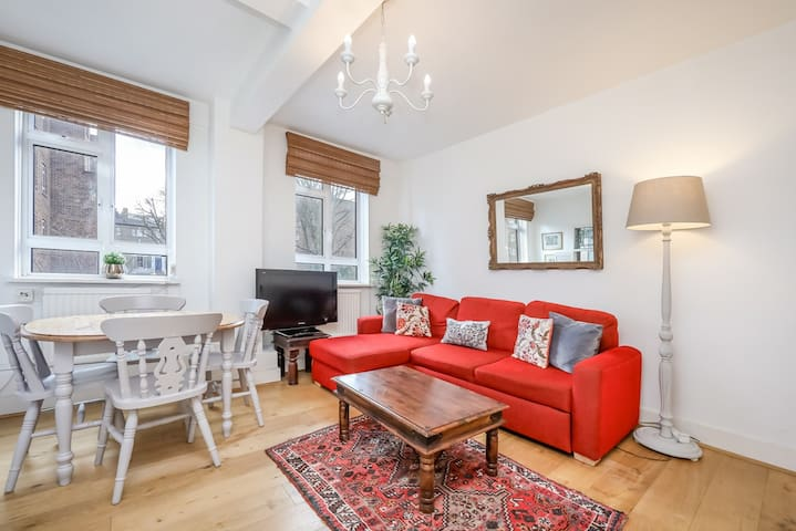 Spacious Primrose Hill / Camden Town Apartment