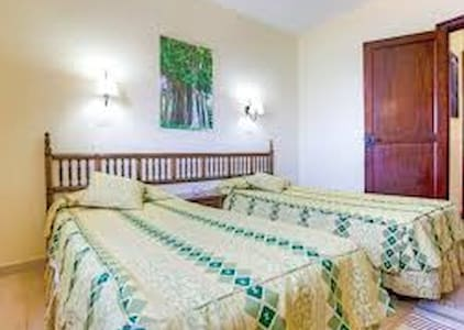 Club la Santa apartment for 3 adults and 1 child - La Santa - Pis