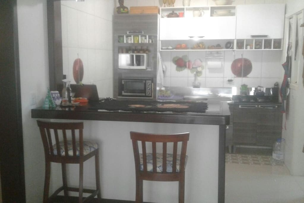 vista da sacada para cozinha