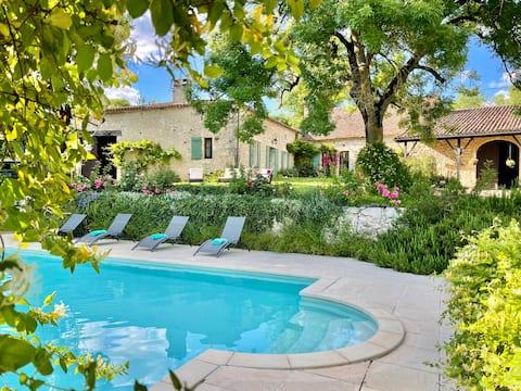 La Fleur de Savignac - 1 bd - views, pool, Wifi