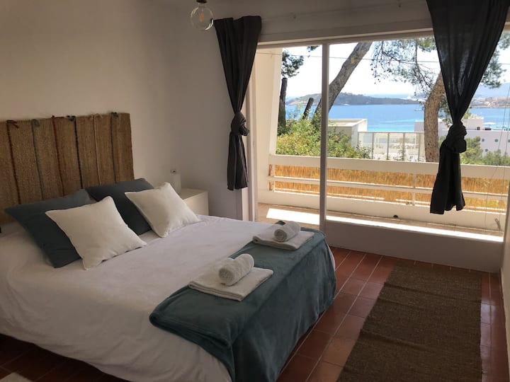 Nice room with amazing view, 5' of TALAMANCA beach