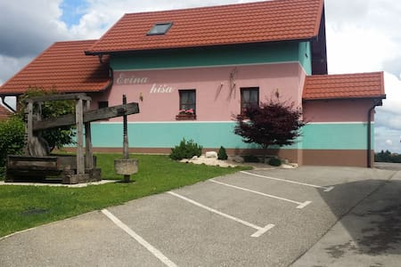 Evina hiša