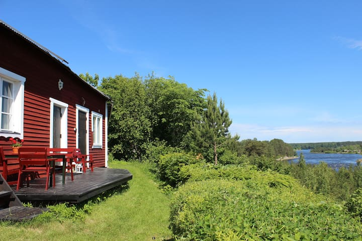 Lillstugan - nice cottage near Dalälven