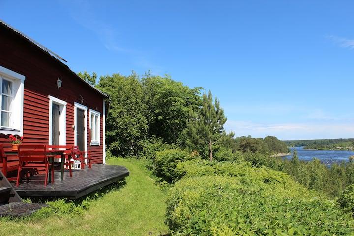 Lillstugan - nice cottage near Dalälven