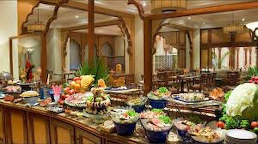 Avari hotels Karachi