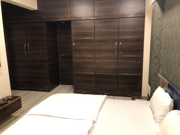 Deluxe A.C Private Room at Malad west