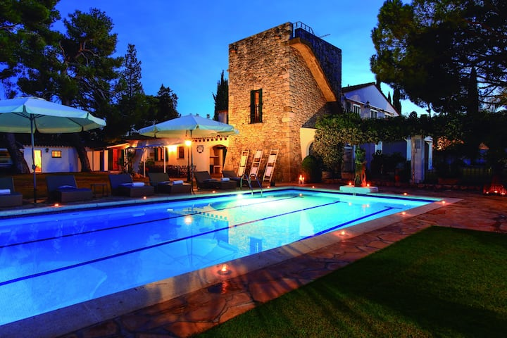 MASIA PAIRAL, hidden gem, private garden with pool
