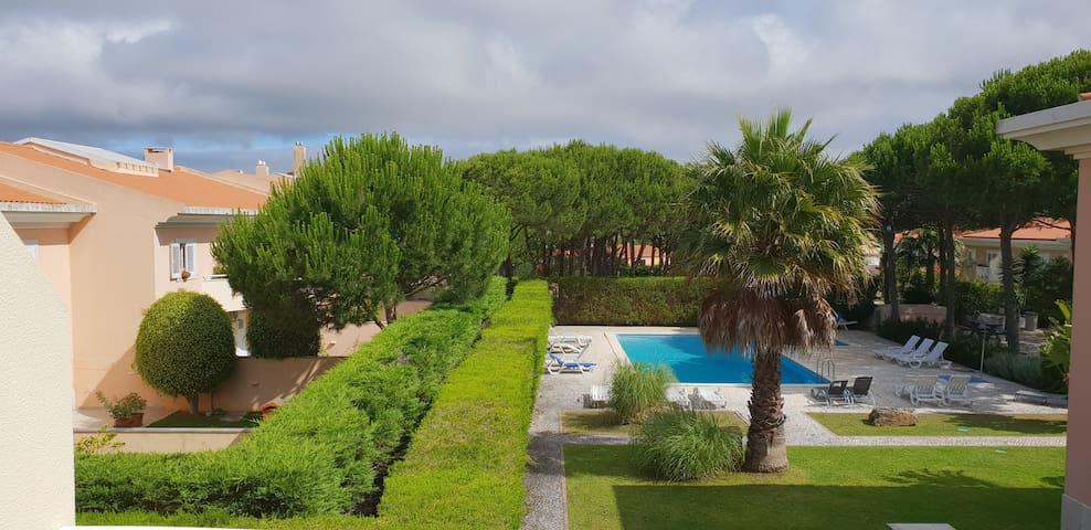 3 Bedroom Duplex Apartment with pool in Cascais