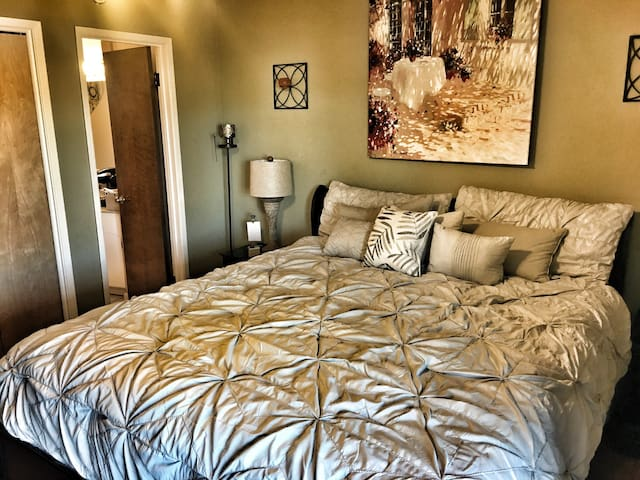 Private Master Suite - Turlock - Rumah