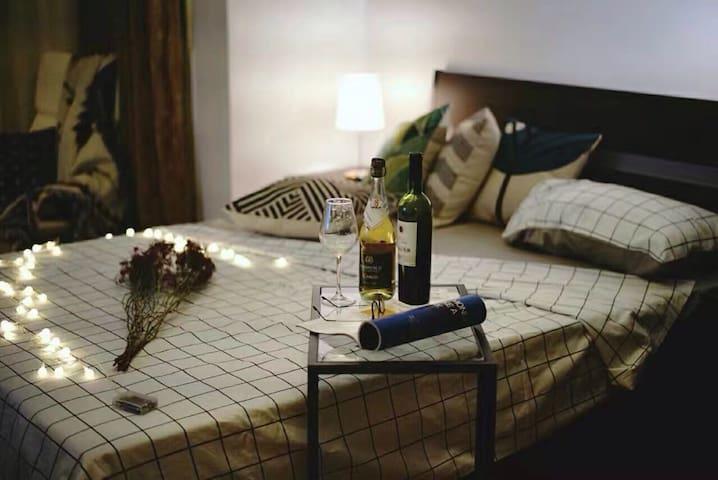 【V10】西雅加达,sky terrace ,温馨两室一厅,可居四人