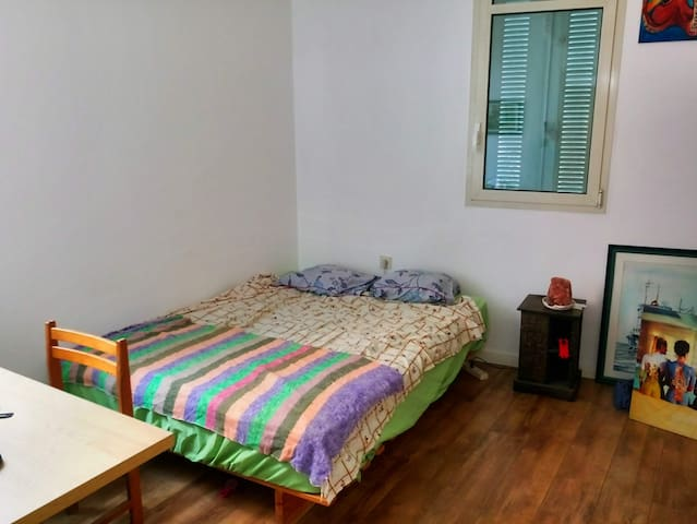 Room in the best location in Jaffa