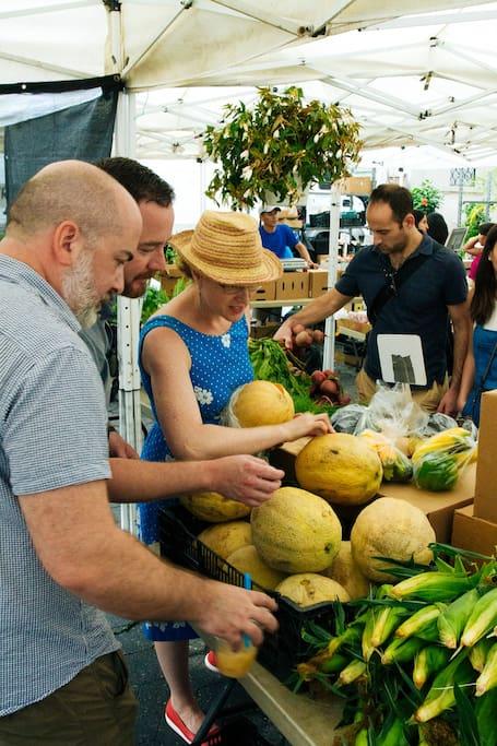 Tour over een boerenmarkt + kookles