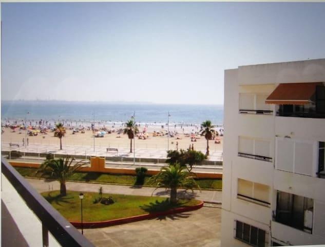 Apartamento en valdelagrana a pie de playa