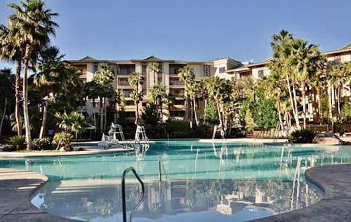 1 BDR at the Tahiti village Las Vegas
