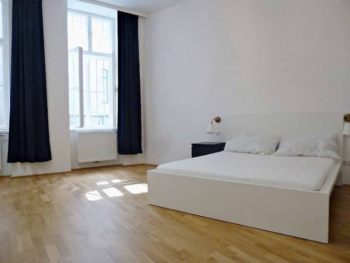 Cosy Apartment near Naschmarkt 2