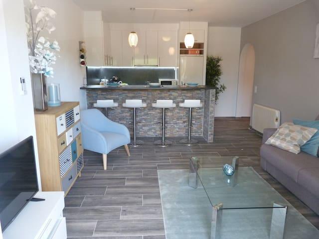Bonito Apartamento renovado, con piscina
