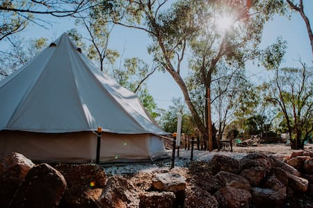 Outback Glamping - Garden & Opal -  Charlie's Camp