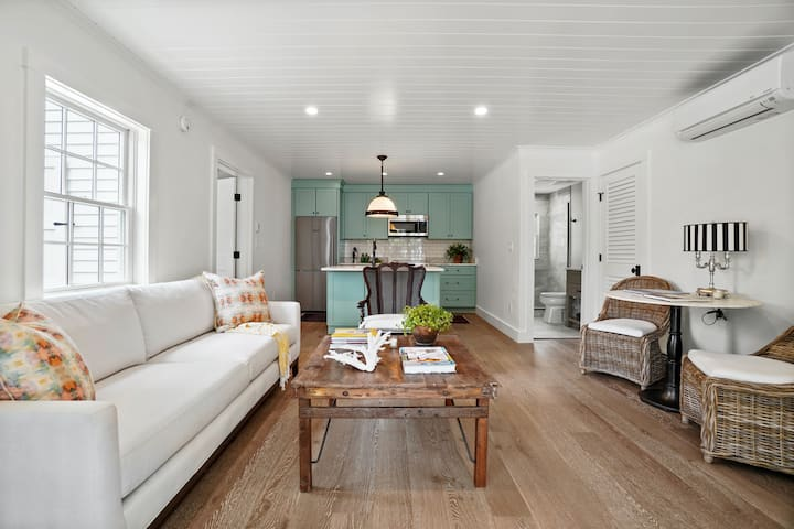 """Sea Glass"" Luxurious 1-BR at Cape Porpoise"