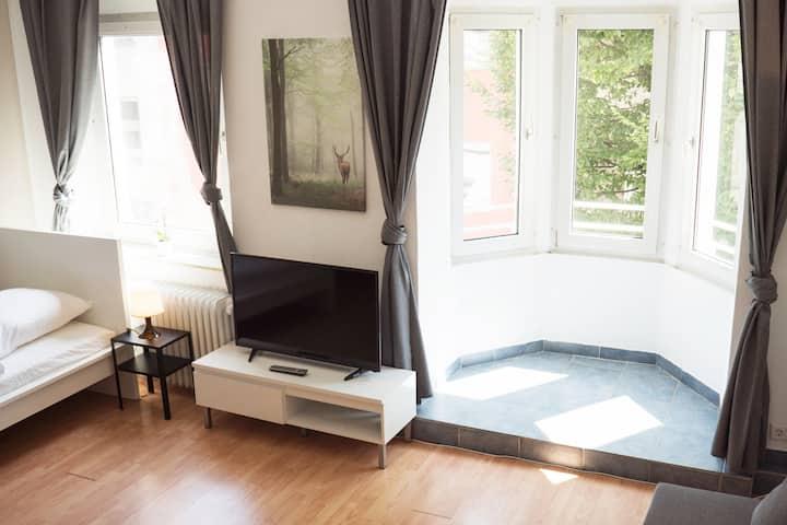 Zentrales Apartment in Solingen mit Kabelanschluss & LCD-TV